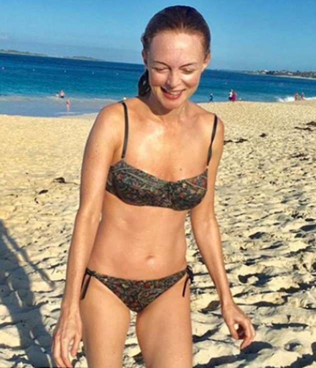 Actress Heather Graham Show Amazing Looks on Beach